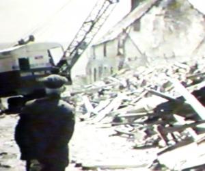 pwlldu-cottages-demolision